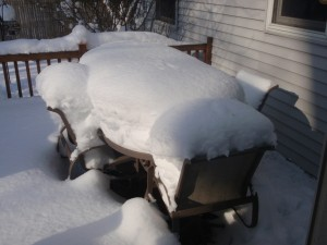 The snowtable. 19 inches on the table top, 28 inches in the chair.