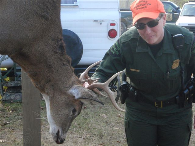 Nice buck, legally taken, properly tagged.