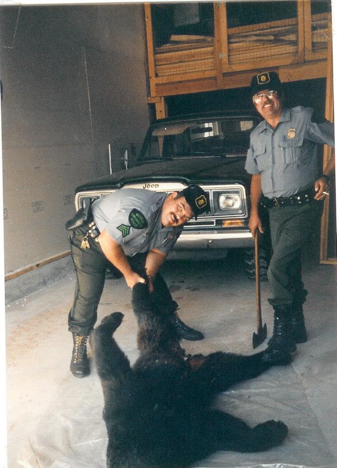 game warden autopsy bear. Dave palo and Bob Schnider. slef defensde claim. Entry in rump.